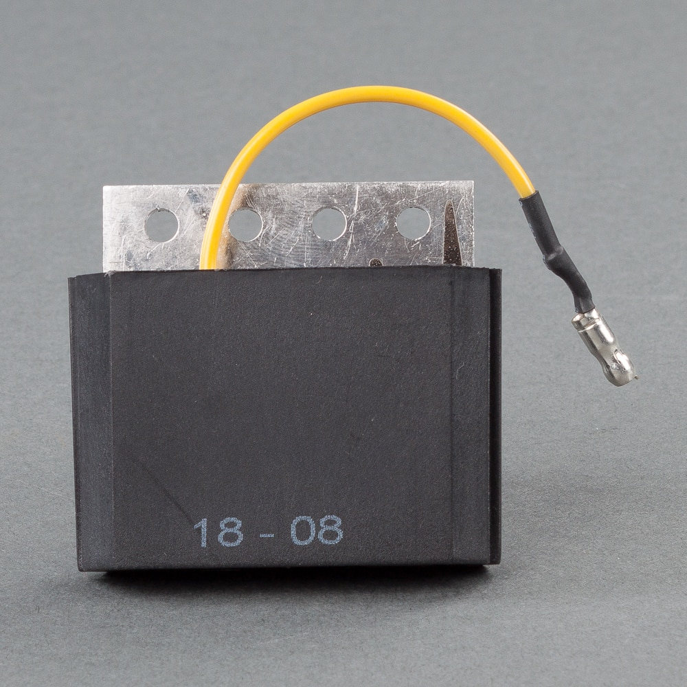 https://www.skoterdelen.com/pub_images/original/01-154-21-voltregulator-polaris-2203873-skoterdelen.jpg