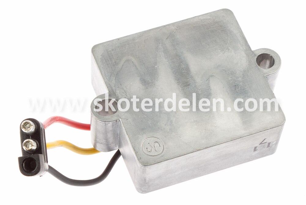 https://www.skoterdelen.com/pub_images/original/50-501186-voltregulator-polaris-skoterdelen_13226.jpg